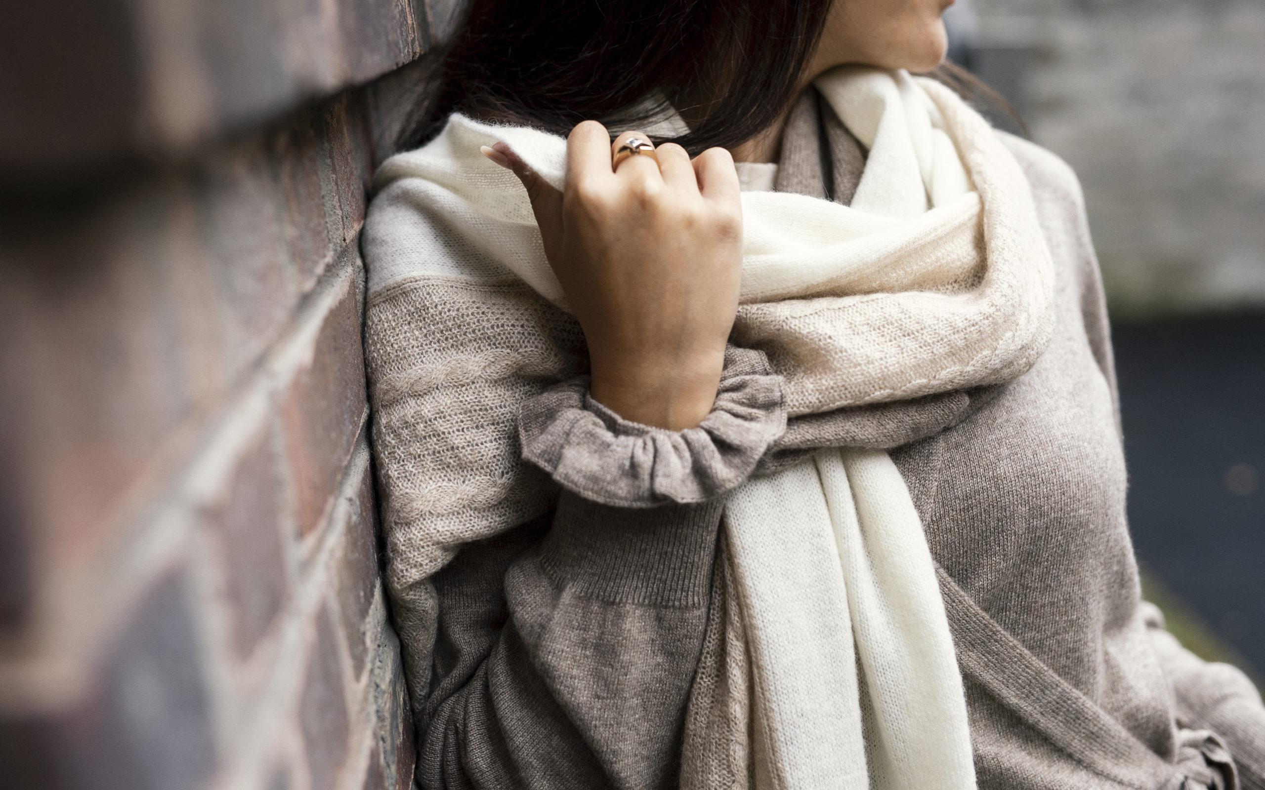 Hårsnodd scrunchie - Elegant i 100 % kashmir beige
