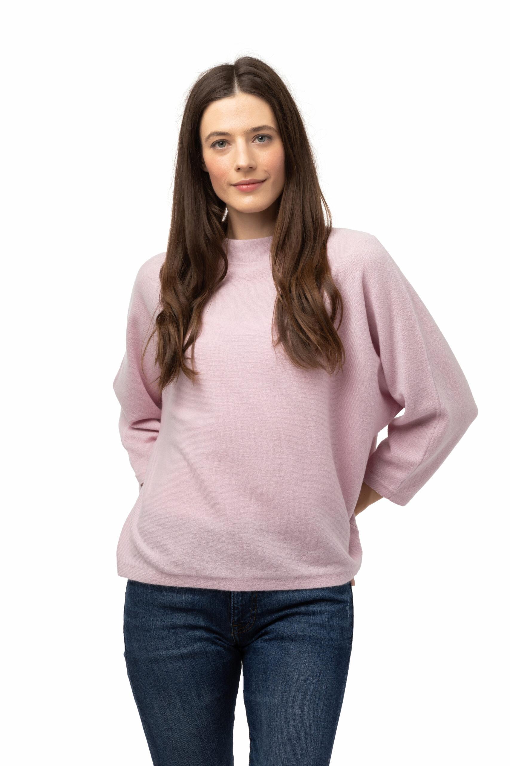 Tröja Julia - trendig kashmirtröja med högre halskant rosa